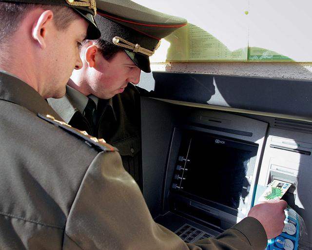 Льготы военным пенсионерам по оплате ЖКХ и их виды для ветеранов боевых действий, вооруженных сил и военной службы, какие положены и существуют в действительности