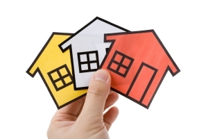 Где можно сделать оценку недвижимости, кто делает профессиональную оценку, а также как открыть фирму и получить лицензию