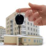 cдавать квартиру через агентство недвижимости: отзывы о работе таких компаний и комиссия за услуги, лучше ли сдать в аренду помещение организации посредников или делать всё самому, а также какие тут могут быть плюсы и подводные камни?