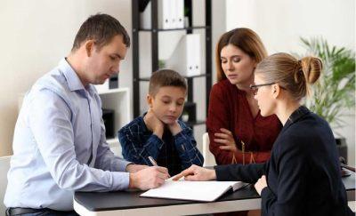 Выписка из квартиры несовершеннолетнего: порядок и правила