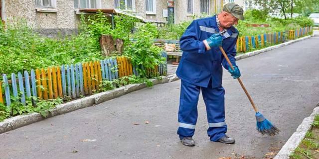 Что входит в графу содержания жилья по ЖКХ: как работает управляющая компания и виды деятелньности, какие нормативы по уборке придомовой территории, включает ли ЖКХ вывоз мусора, а также, как добиться работы замены стояка и что нового в этой сфере