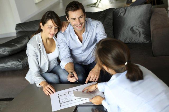 Как осуществляется продажа квартиры родственнику?