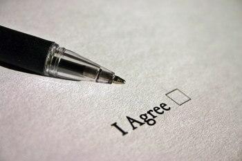 Как оформляется договор мены земельного участка?