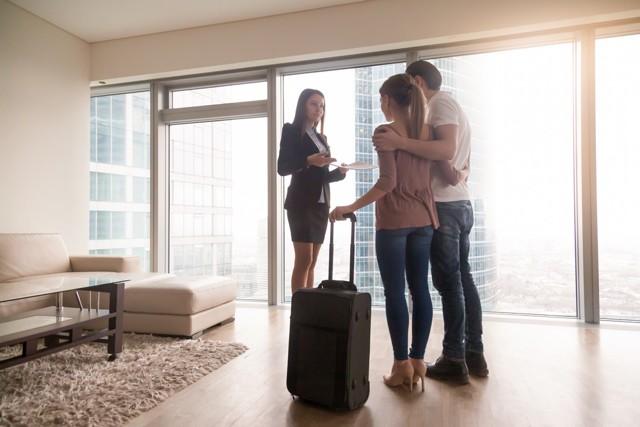 Сдать квартиру узбекам или иностранцам: правила оформления аренды и можно ли снять жилую площадь гражданам других стран?