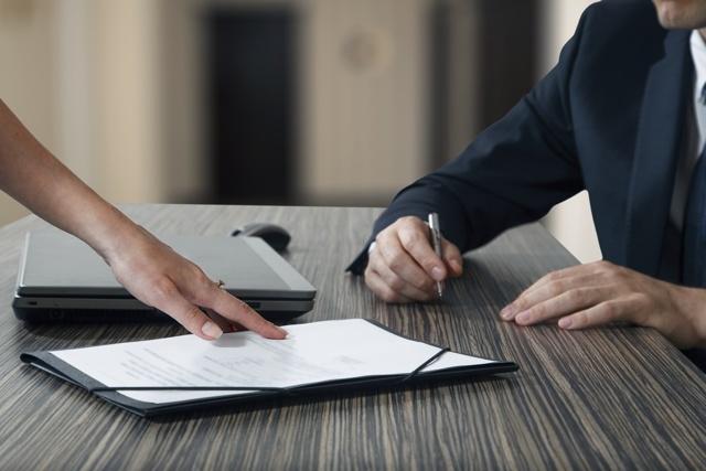 Как оформить покупку гаража в гаражном кооперативе: оформление купли-продажи в ГСК, как происходит подготовка документов на себя, а также как купить гаражный бокс правильно?