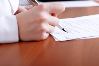 Доверенность на прописку в квартире: правила и необходимые документы