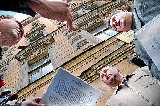Раскрытие информации ТСЖ и ЖСК: какие именно данные могут быть опубликованы организациями, а так же чем они отличаются друг от друга, таблица отличий и различий и что это вообще такое?