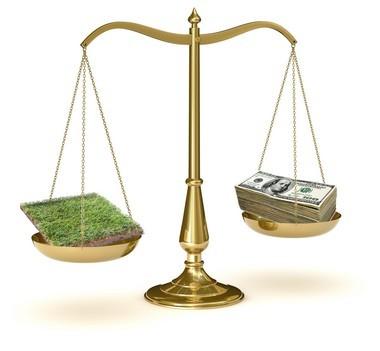 Рыночная оценка земельного участка, независимая экспертиза стоимости квартиры, экономическая и другие виды оценки недвижимости, а также, какова цена экспертной и нормативной денежной оценки земельного участка?