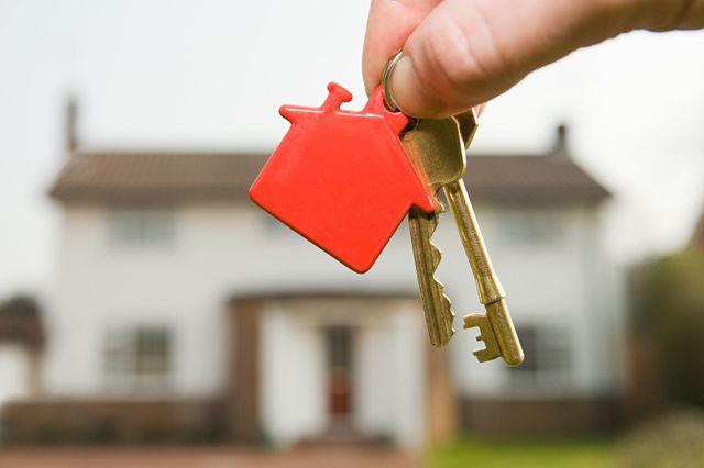 Как правильно составить исковое заявление на выписку из квартиры?