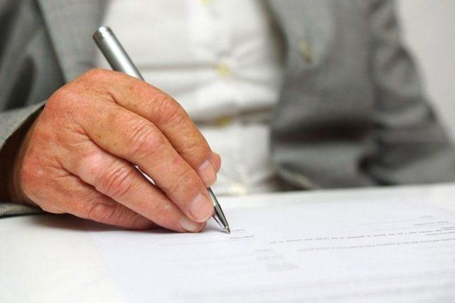 Акт приема передачи нежилого помещения в аренду: скачать образец договора купли продажи и сдачи в безвозмездное пользование, пример простого заполнения документа при расторжении и возврате площадей собственнику