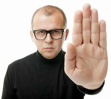 Куда жаловаться на председателя ТСЖ за бездействие: к кому идти и как обращаться например в случае промерзания стены, а также правила подачи жалобы в жилищную инспекцию, правильное написание заявления в прокуратуру или суд